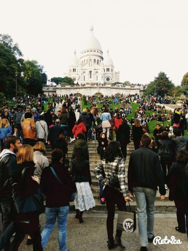 Sacre Coeur (The White Church) itself. - Did not expect the large crowd there.
